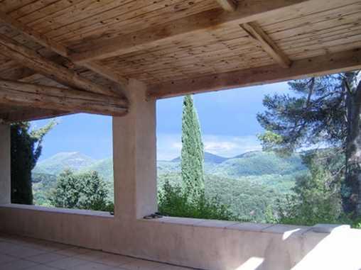 vue de la terrasse couverte