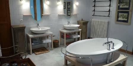 Carpe Diem Diane bath room