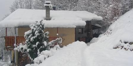 La ferme du Molliet La ferme du molliet en hiver