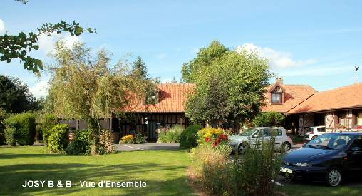 Bed & breakfasts Somme, from 20 €/Nuit. House of character, Flesselles (80260 Somme), Charm, Garden, Net, WiFi, Parking, 3 Double Bedroom(s), 8 Maximum People, Chimeney, Country View, Town/Village View, Garage Fermé Pou...