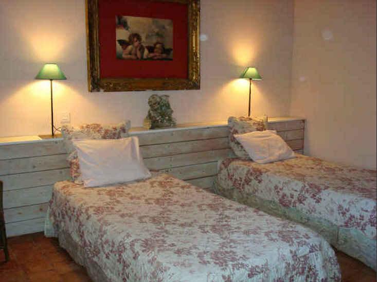 la courtine chambres d 39 h tes sa ne et loire chambre d 39 hote bourgogne. Black Bedroom Furniture Sets. Home Design Ideas
