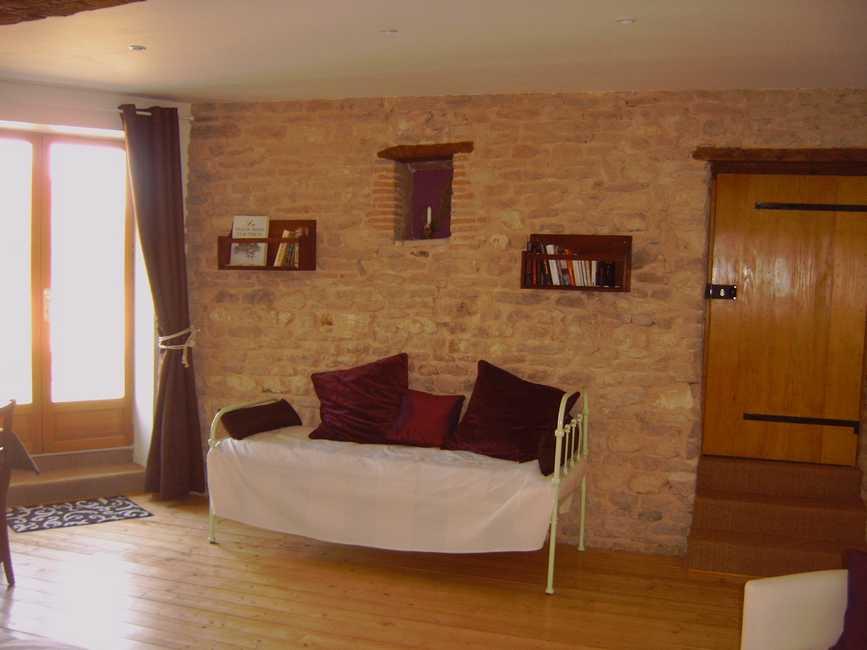 La cadole la roche vineuse chambres d 39 h tes sa ne et loire for Bourgogne chambre hote