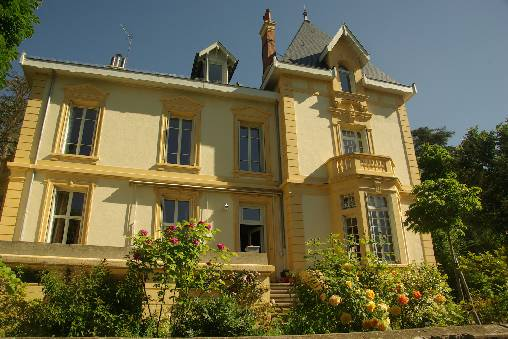 Bed & breakfasts Loire, from 110 €/Nuit. House of character, Castle, Saint Etienne (42100 Loire), Charm, Luxury, Guest Table, Swimming Pool, Garden, Net, WiFi, T.V., Baby Kits, Parking, 3 Double Bedroom(s), 6 Maximum Pe...