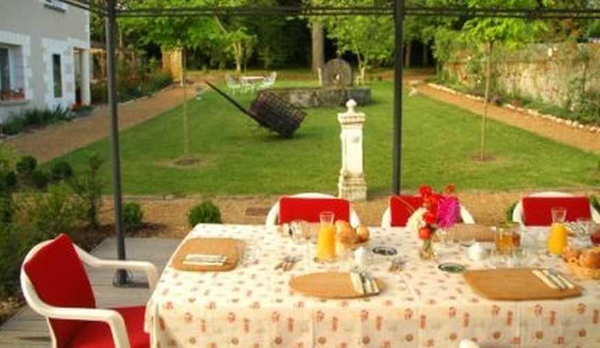 Chambre d'hote Indre-et-Loire - Petits déjeuners en terrasse