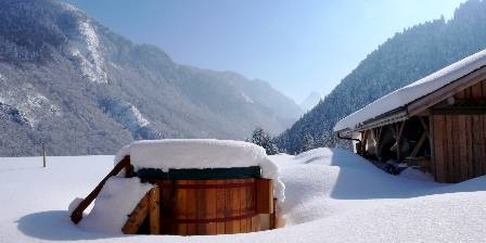 Chalet Chatelet The hot tub is waiting...