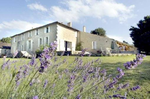 Bed & breakfasts Gironde, from 75 €/Nuit. House of character, Naujan et Postiac (33420 Gironde), Charm, Luxury, Guest Table, Garden, Park, Baby Kits, Parking, 4 Double Bedroom(s), 1 Suite(s), 15 Maximum People, Lounge, Li...