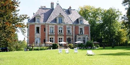 Chateau de la Presle Le chateau dans son parc
