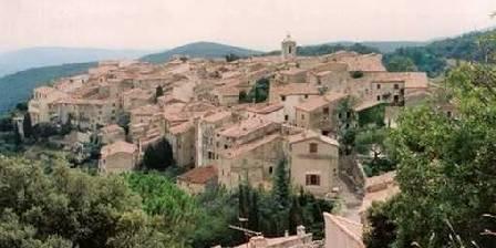 Maison Castely Le village de Mons