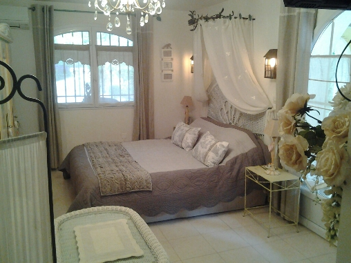 bed & breakfast Var - castel guestsroom