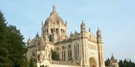 Domaine de la Fromagerie Cathédrale de Lisieux