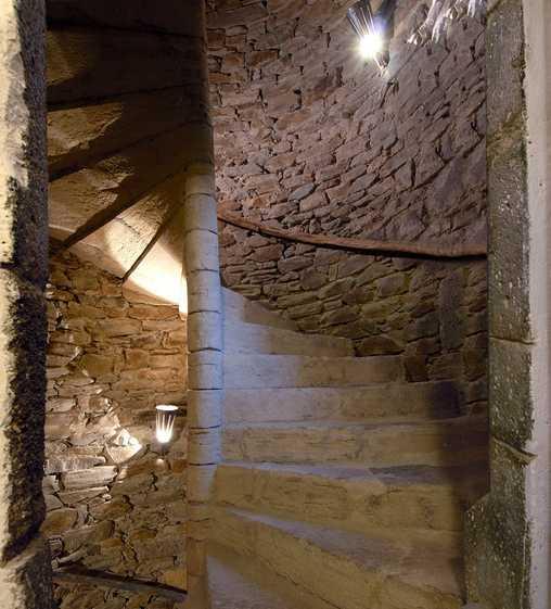 Chambre d'hote Aveyron - Escalier à vis du XVè siècle