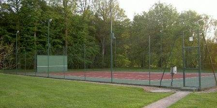 L'Enchantée Le tennis