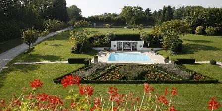 Manoir de Benerville Parc et piscine