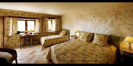 Le Hameau de la Mûre La chambre d'hôtes Pierre Blanche