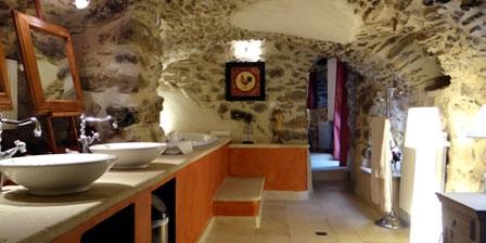 Le Hameau de la Mûre La salle de bains de la chambre Vercors