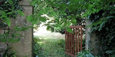 Chambre d'hotes Manoir de Suguensou > Le jardin