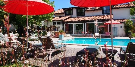 Domaine de Millox Domaine de Millox,vue piscine
