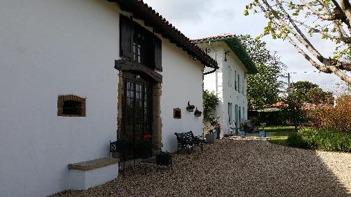 Chambre d'hote Landes - domaine de Millox, entrée de la Dépendance