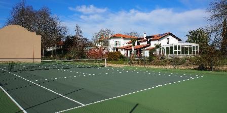 Domaine de Millox Millox vu du tennis