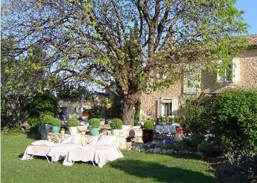 Chambres d'hotes Vaucluse, à partir de 92 €/Nuit. Lagnes (84800 Vaucluse)....