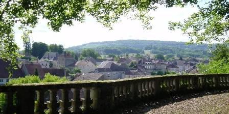 Gîtes Gîte du Château de la Presle à Breurey les Faverney