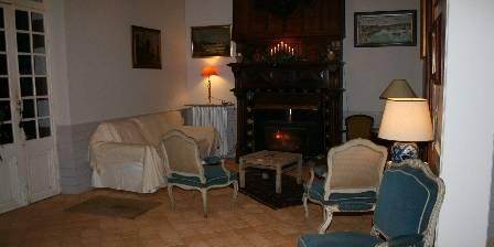 Domaine d'Agès Salon et cheminée