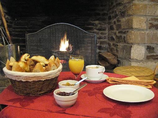 bed & breakfast Lozère - Fireplace