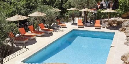 La Bastide O'nhora La piscine