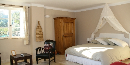 L'escale Provençale Chambre terre