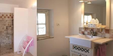 L'escale Provençale Salle de bain chambre Lune
