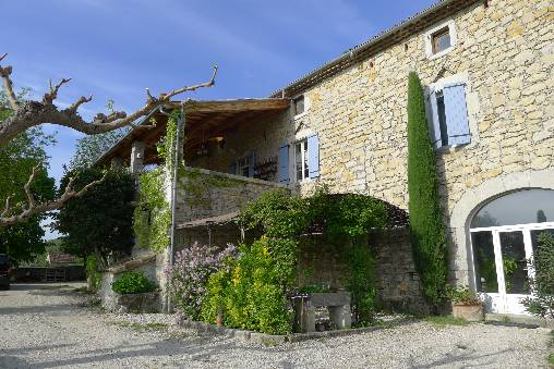 Bed & breakfasts Ardèche, from 80 €/Nuit. House of character, Villeneuve de Berg (07170 Ardèche), Charm, Guest Table, Swimming Pool, Net, WiFi, Baby Kits, Parking, 15- Maximum People, Snooker, 3 épis Gites De France, Trav...