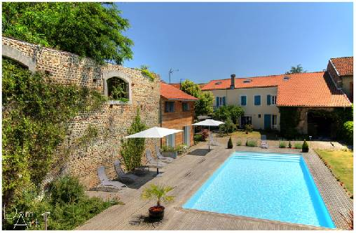 Bed & breakfasts Gers, from 68 €/Nuit. House of character, Riscle (32400 Gers), Charm, Swimming Pool, Garden, Net, WiFi, T.V., Baby Kits, Air-Conditioning, 3 Double Bedroom(s), 2 Suite(s), 15 Maximum People, Lounge, Ch...