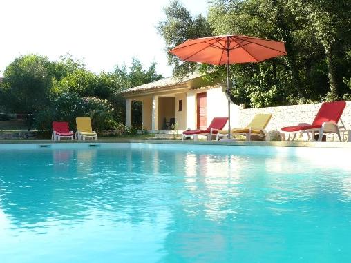 La piscine vous attend !