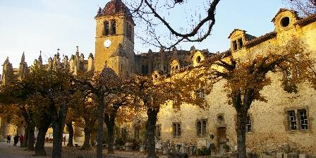 Relais de Chateau Gaillard St Antoine l'Abbaye, village médiéval