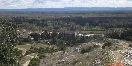 La farigoule en provence une chambre d 39 hotes dans le for Caumont sur durance jardin romain