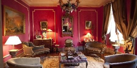Le 241 Living room