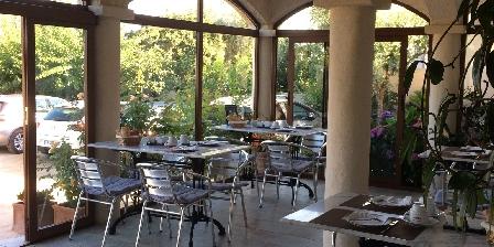Chambres d'hôtes Galéria Terrasse petit déjeuner