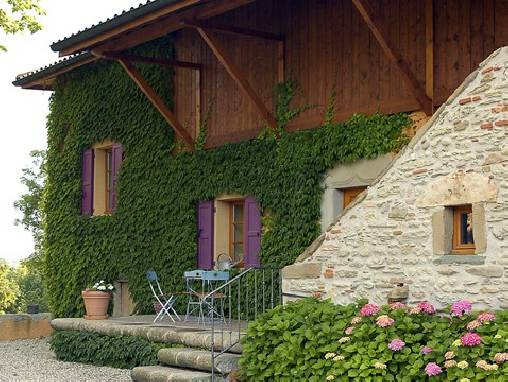 Bed & breakfasts Isère, from 70 €/Nuit. House of character, Saint just chaleyssin (38540 Isère), Charm, Garden, Park, Net, Parking, 4 Double Bedroom(s), 10 Maximum People, Lounge, Library, Chimeney, 3 épis De Charme Git...