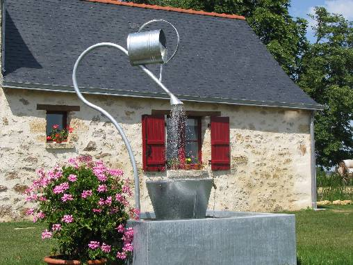 Bed & breakfasts Maine-et-Loire, from 1390 €/Nuit. House of character, Chavagnes les eaux (49380 Maine-et-Loire), Luxury, Guest Table, Swimming Pool, Park, Net, WiFi, T.V., Baby Kits, Air-Conditioning, 5 Double Bedroom(s), 2 Sui...