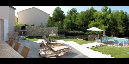 Reve de green The furnished terrace and the garden