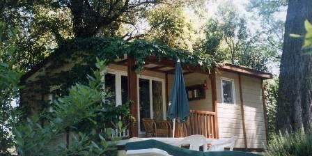 Cottage La terre des Lauriers > LE CHALET
