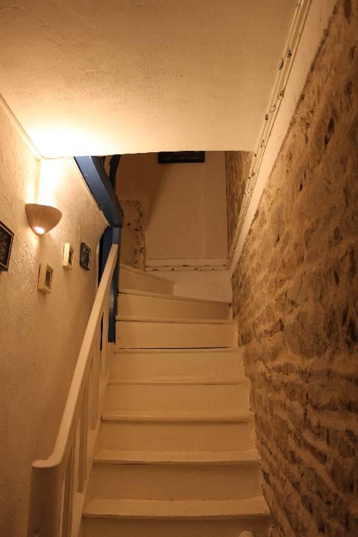 Le vieil escalier menant à l'étage