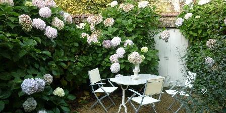 La Maison de Claire Le jardinet