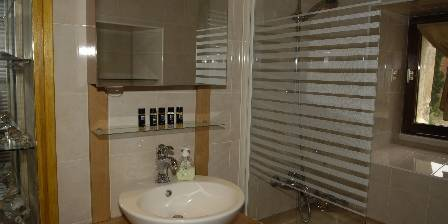 La Commanderie Salle de bains