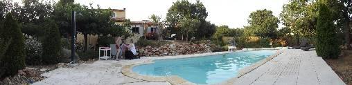 Chambre d'hote Var - piscine facade maison