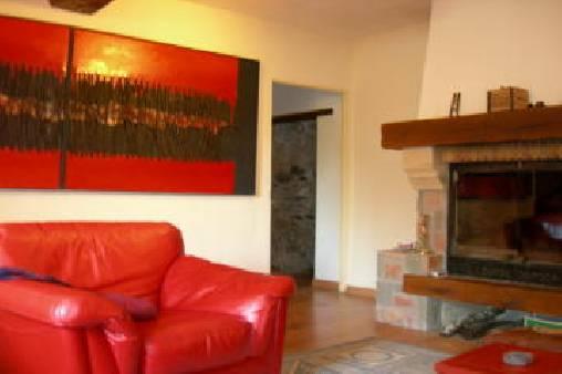 Chambre d'hote Pyrénées-Orientales - Le grand salon et la cheminée