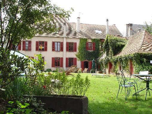 Chambre d'hote Allier - Façade côté parc et piscine