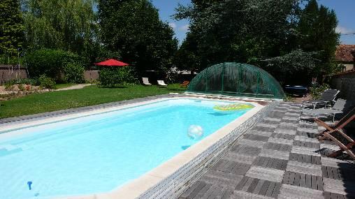 Chambre d'hote Allier - La piscine plein soleil