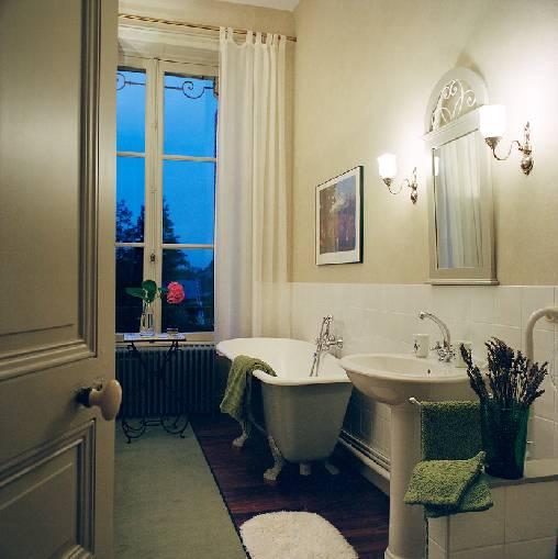 Chambre d'hote Mayenne - Une salle de bain.