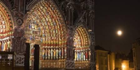 Spectacle nocturne : La Cathédrale d'Amiens en couleurs